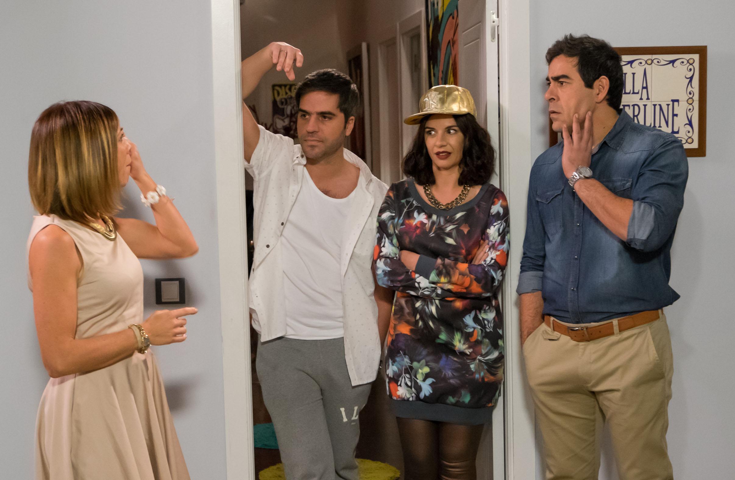 Maite y Amador, junto a Yoli y Teo en la Villa Borderline