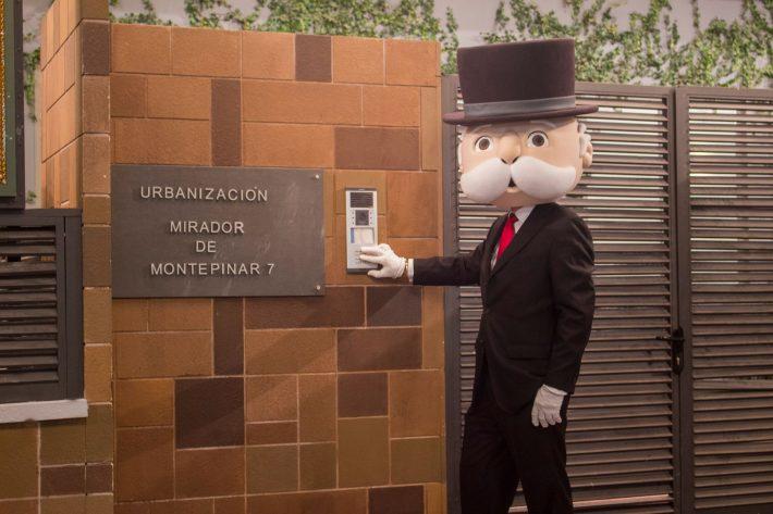 Mister Hasbro visita Montepinar - MonoPoly de LQSA